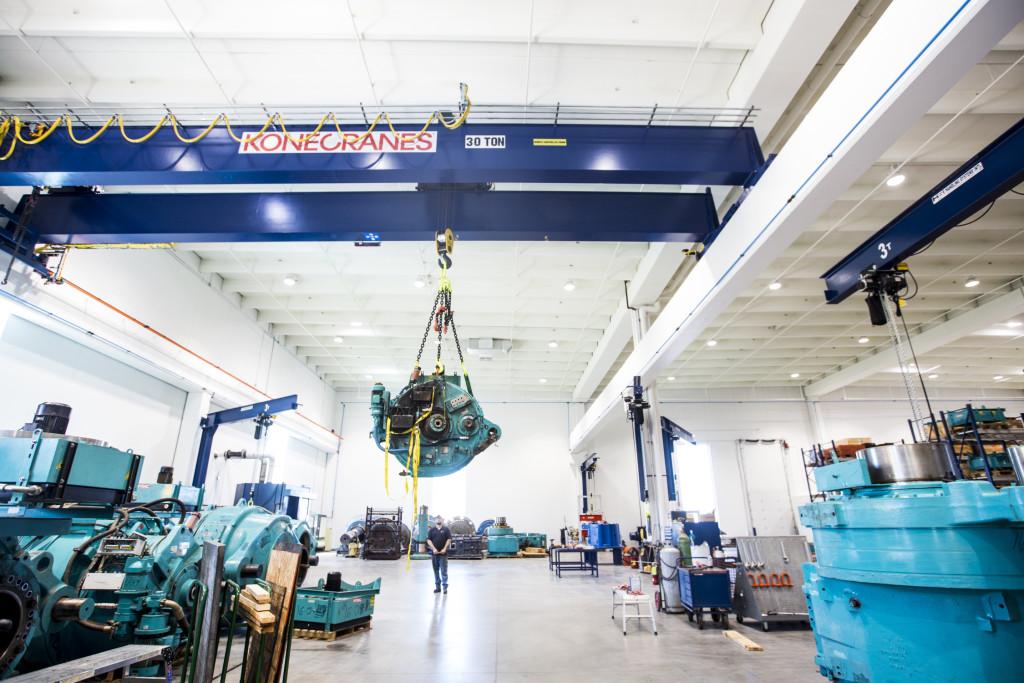 Gearbox Express 60-Ton Crane